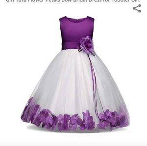 Dresses & Skirts - Flower girl dress